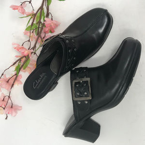Clarks Bendables Studded Clogs Mules 7.5 Black